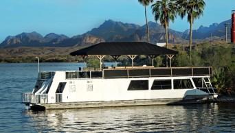 Lake Havasu Houseboats : Lake Havasu City AZ