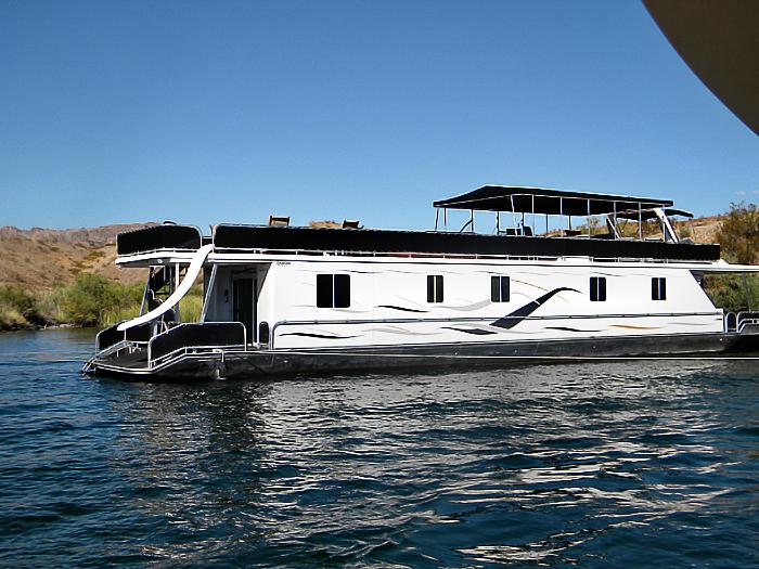 85' Odyssey Houseboat Rentals | Lake Havasu Houseboats